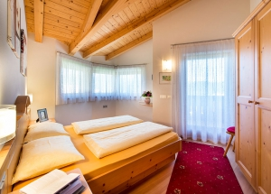 Apartment house in South Tyrol: Wellness in the holiday house Fontana 6